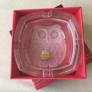 Owl Ash Tray